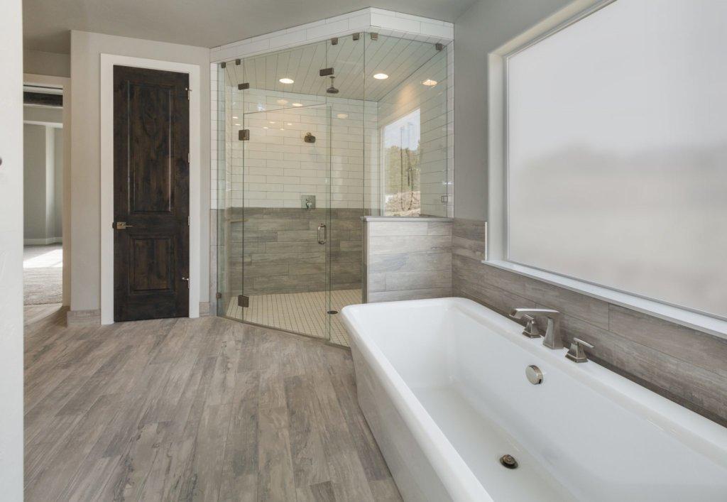 HOW TO MAXIMISE YOUR BATHROOM 8