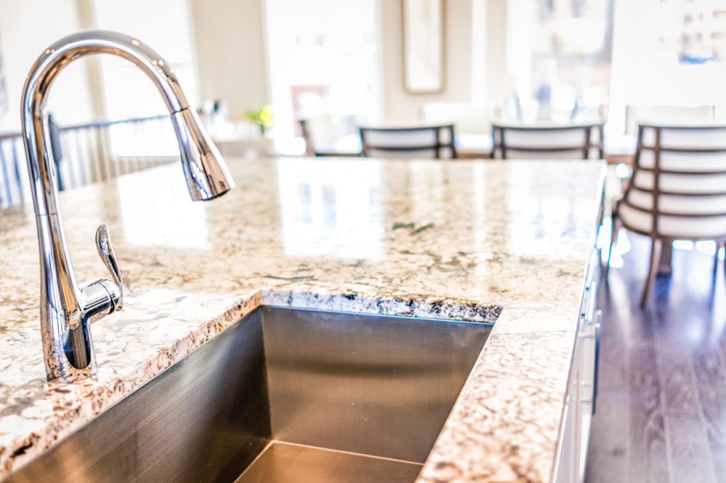 How To Choose Between A Quartz Counter Or Granite Countertop For Your Kitchen? 8