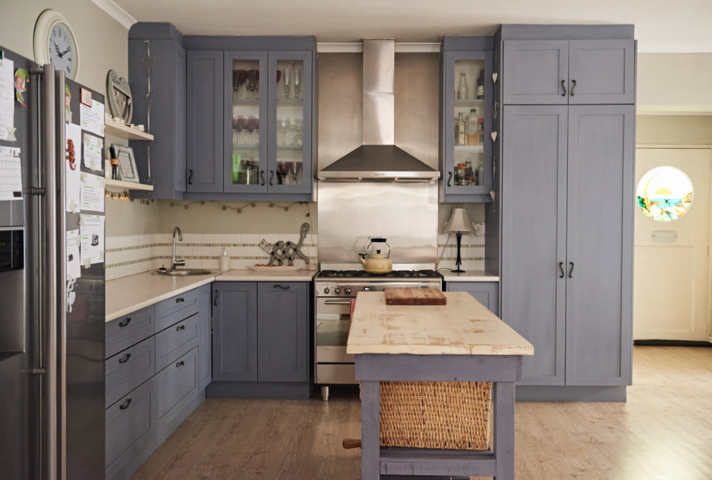 8 English country kitchens you'll want to add to your Pinterest boards, stat 2